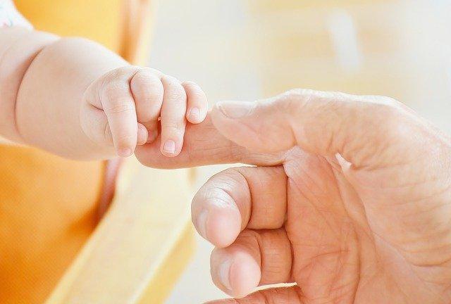 Vitamine D bébé : faut il supplementer en vitamine son nourrisson ?