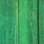 Décaper un meuble : comment décaper un meuble en bois vernis naturellement ?